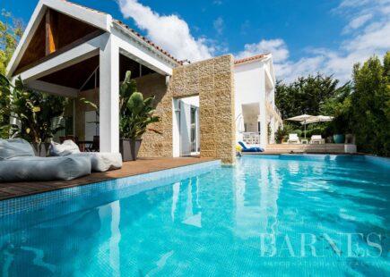 Villa in Quinta Patiño | Real estate | BARNES Portugal