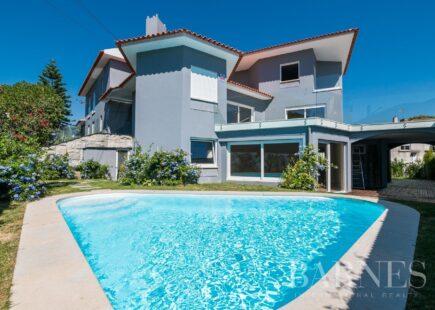 Villa Cascais Centre | Immobilier de luxe | BARNES Portugal