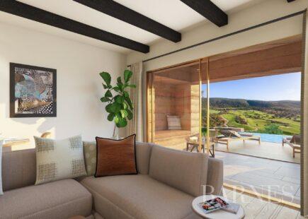 Apartamento a estrear com vista de serra | BARNES Portugal
