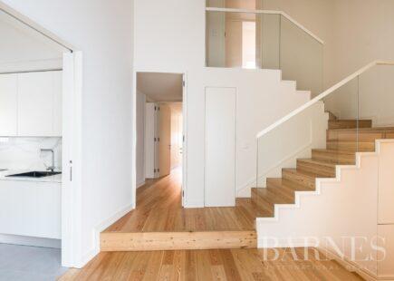 Apartamento T3 duplex | marca de luxo | BARNES Portugal