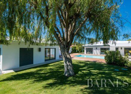 Villa in Cascais | Luxury Real Estate | BARNES Portugal