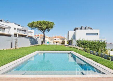 T3 Villa Cascais | Luxury Real Estate | BARNES Portugal
