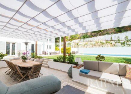 Villa in Quinta Patiño | Real estate | luxury brand | BARNES Portugal