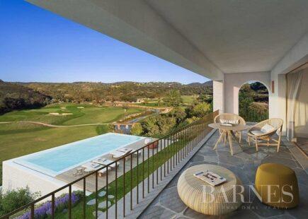 T4 a estrear com vista fantástica | Imobiliário | BARNES Portugal